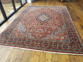 Beautiful large Kashmir rug in excellent condition