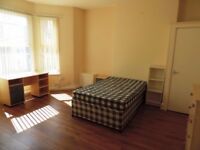 Colum Road, Cathay`s -Very Spacious 2 Bedroom First Floor Flat Available 1st July 2018