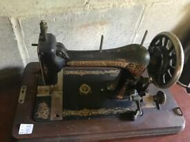 Vintage sewing machine, good condition