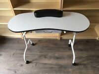 Folding nail technician table with carry case