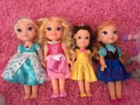 DISNEY PRINCESS TODDLER DOLLS & MAXIMUS