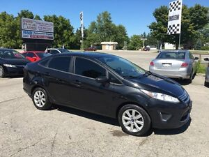 2011 Ford Fiesta SE ***NO ACCIDENTS*** London Ontario image 9