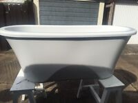 Free standing Essenza Rolltop Bath, brand new, never used, ex display, 1700*750