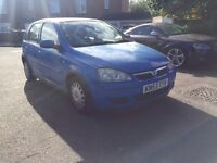Vauxhaull corsa 1.0 litre £450 open to all offers not clio micra yaris megane focus
