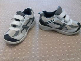 Size 8 infant bundle of 2 pairs of boys shoes