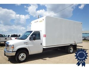 2016 Ford E-450 16 ft Cube Van w/UNICELL Body, 16,125 KMs, 5.4L