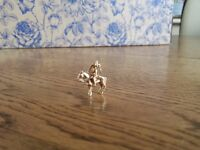 Vintage 9ct Gold Queens Cavalry With Drawn Sword Charm