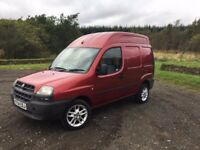 Doblo high top van 1 years mot low miles