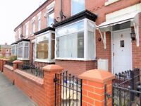 5 bedrooms student house available in Salford