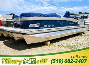 2017 Avalon CATALINA PLATINUM QUAD LOUNGER REDUCED !!2585 with Y