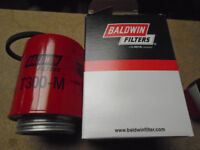 T300-M Lube Spin on Filter Baldwin ''new'' x2
