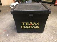 Team Diawa seat box