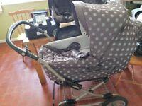 Mamas and papas ultima mpx system. Pram/pushchair/car seat combo.