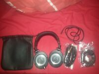 Studio audio Technica ath-m50x headphones