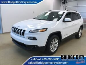 2015 Jeep Cherokee North- AWD, Bluetooth!