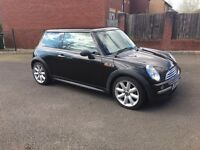 Mini One D 1.4 2003 - Cooper interior and wheels