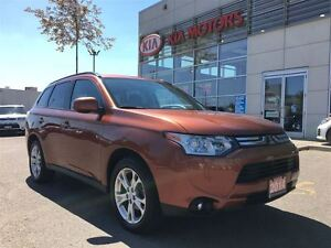2014 Mitsubishi Outlander ES AWD NAVIGATION LEATHER SUNROOF LOAD