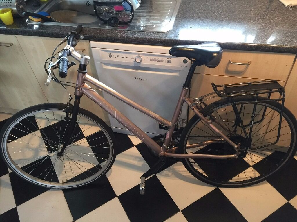DEWES dyscovery. Ladies city bike, was450 4 years ago, new wheel in the back ALEX RIMS PAID100in Hackney, LondonGumtree - DEWES dyscovery. Ladies city bike, was £450 4 years ago, new wheel in the back ALEX RIMS PAID £100, 27 speed this is the bike of my girlfriend, she is come back in Italy for a new job, quick sell, no space for this huge bike, size 50cm (Large) only...