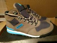 Brand new men's Merrell Eagle walking/hiking boots uk7