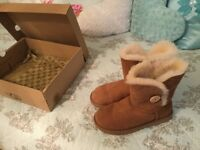 Ugg boots and cleaner set 5