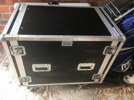 Very Large Flight Case - Trunk - Storage - Garage Storage - bargain £30 - DJ Flight case