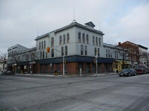 RETAIL, RESTAURANT AND OFFICE SPACE AVAILABLE- KING AND DIVISION Peterborough Peterborough Area image 3