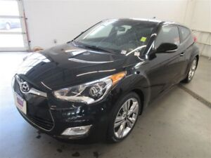 2016 Hyundai Veloster Tech! BACK-UP CAM! ALLOYS! NAV! HEATED SEA
