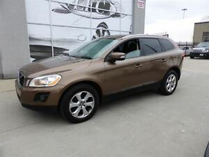 2010 Volvo XC60 3.2 AWD PREMIUM PANORAMIC ROOF