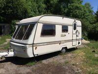 Swift Challenger 440/4 Caravan