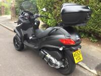 Piaggio Commuter bike on a car licence!