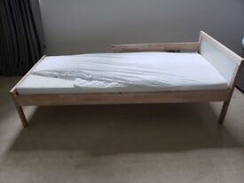 Ikea Snigler Kids bed frame with or without mattress