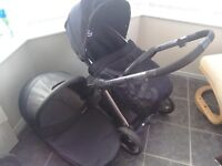Pram Pushchair Babystyle Oyster Black Carrycot + pushchair seat parent facing option + raincovers