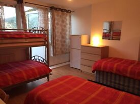 *** SHADWELL***EXCELLENT SHARE ROOM IN A TRIPLE ROOM WITH AMAZING BALCONY