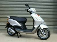 2008 PIAGGIO FLY 125 VERY CLEAN *LOW MILEAGE*