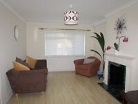 PET DOG PERMITTED!!!! NEWLY DECORATED TWO BEDROOM GARDEN MAISONETTE FINCHLEY CENTRAL N3