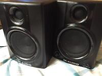 M-AUDIO Studiophile AV40 – Active Studio Monitoring Monitors Speakers