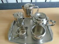 STAINLESS STEEL TEA/COFFEE SET WITH TRAY