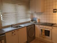Short let 3 bed flat in Woolwich