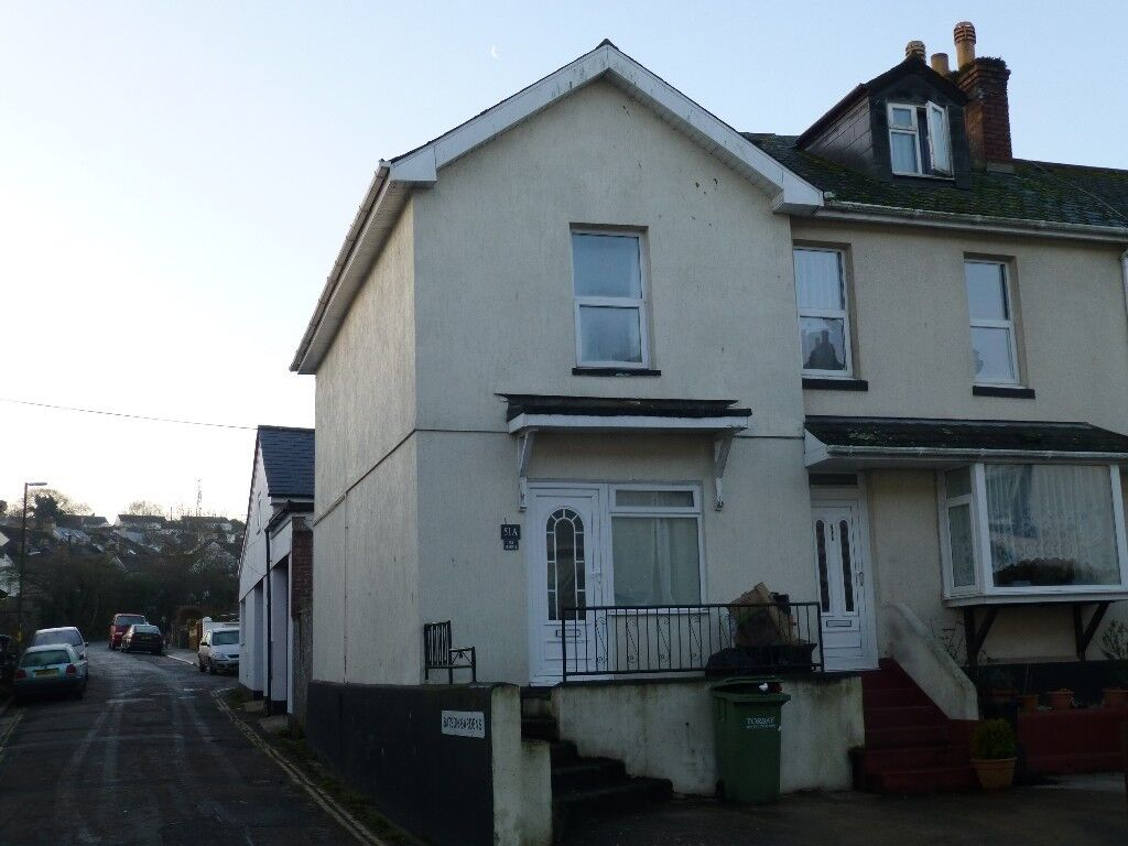 2 bed End Terraced house to rent in Paignton, Devon