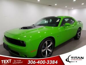 2017 Dodge Challenger R/T Shaker|5.7L HEMI|Manual|Sunroof|NAV|GO