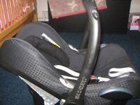 Maxi Cosi Baby Car Seat. Rear Facing. 0-13kg