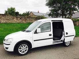 2012/12 Combo 1700 SE CDTI Crew Van 5 Seater - BUY FOR £19 A WEEK