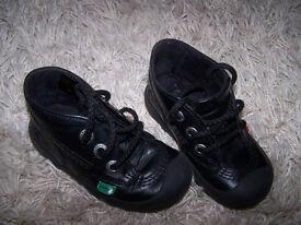 Kickers size 7/24