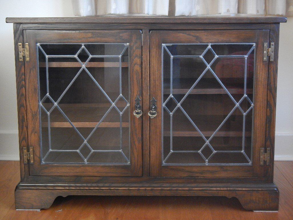 Cupboard Unit With Leaded Gl Doors