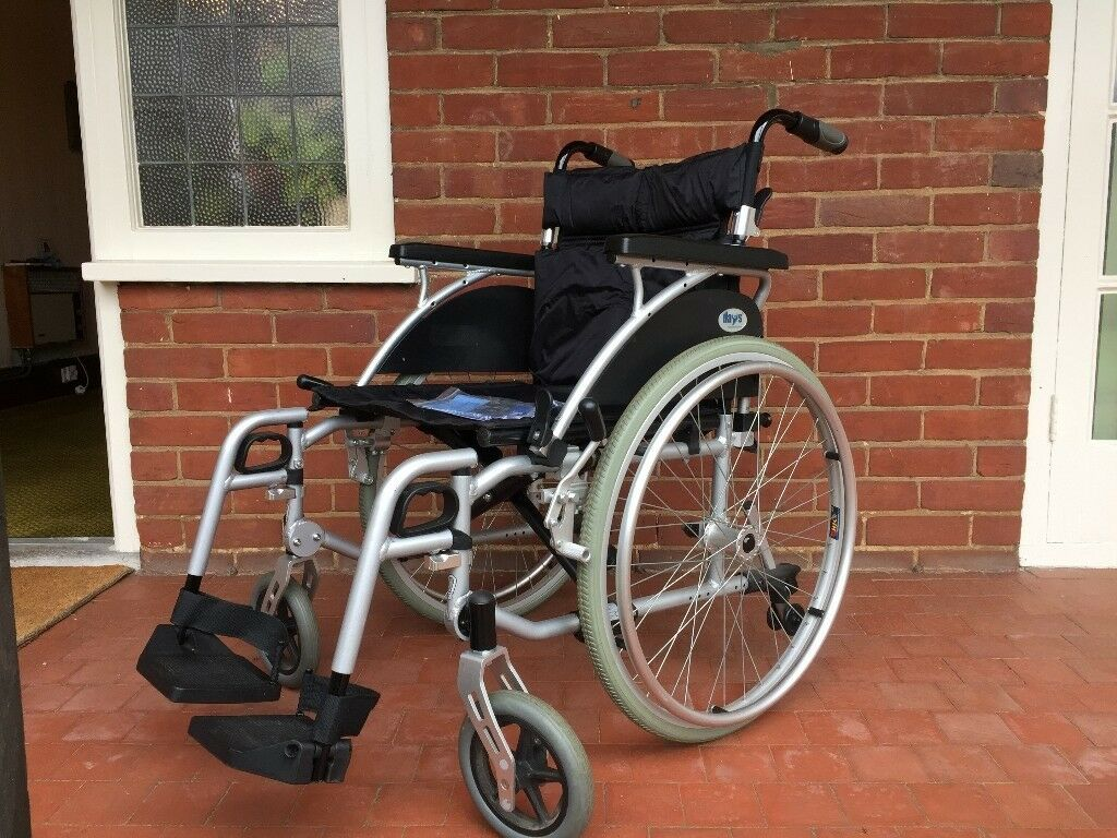 Wheelchair, Days folding self-propelled wheelchair