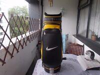 Golf Bag for sale ...