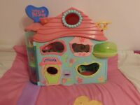 LITTLEST PET SHOP HOUSE GOOD USED CONDITION