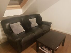 Spacious single/double-room available for rent - mid-February