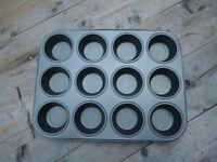 12 Cup Non Stick Muffin Tray & Flan tin (24.5 cm / 9.5 in diameter)