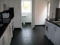 1 bedroom first floor maisonette to rent located very close to station and local amenities in E4